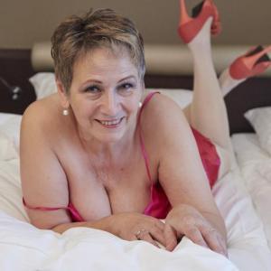 Granny Ariana